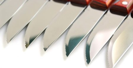 Best Steak Knives Reviews - Buyer's Guide and Tips