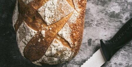 How To Pick The Best Bread Knife